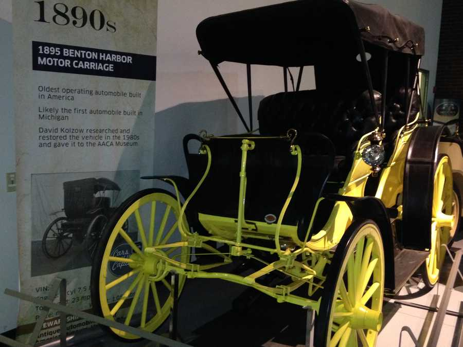 1895 Benton Harbor Motor Carriage