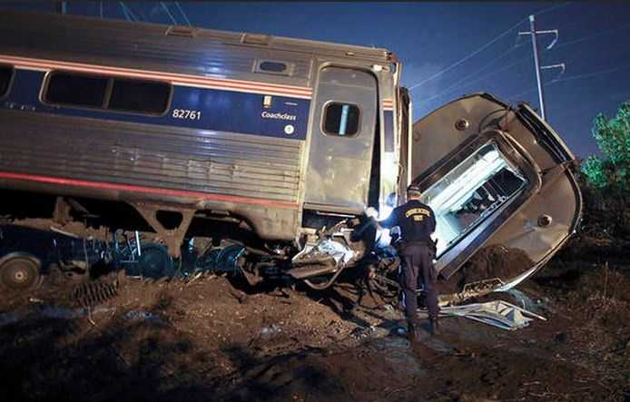 Northeast Regional Train 188 was traveling from Washington D.C. to New York City when it crashed shortly after 9 p.m. Tuesday night. UPDATE: Officials say seven people are dead and over 200 were injured.