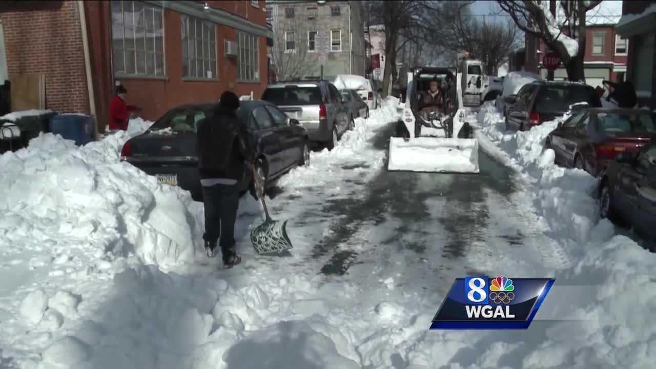 1.25.16 snow removal story.jpg