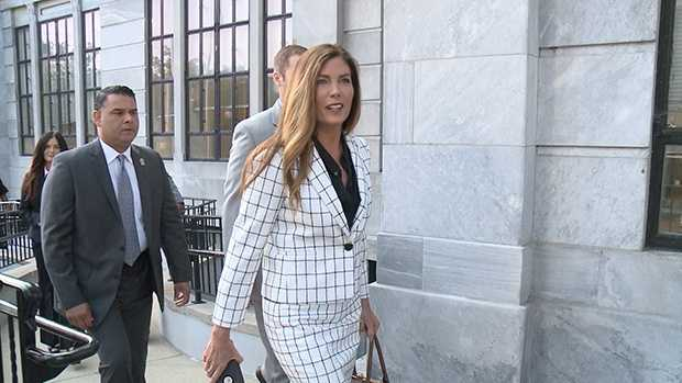 Attorney General Kathleen Kane walks into court Tuesday morning.