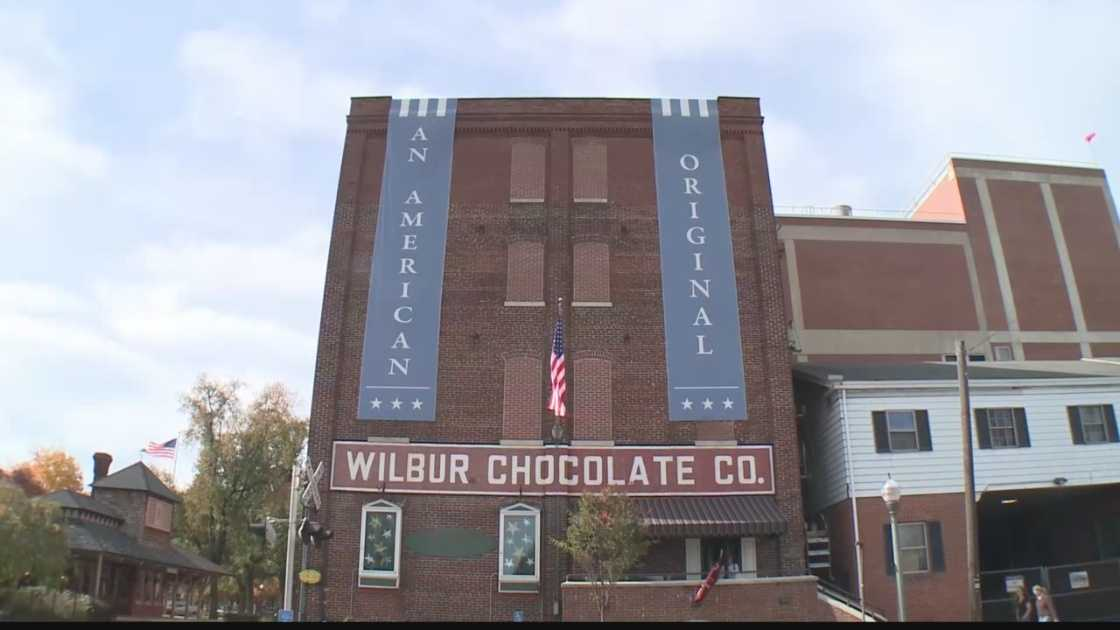 img-Wilber-Chocolate-closing-Litiz-plant.jpg
