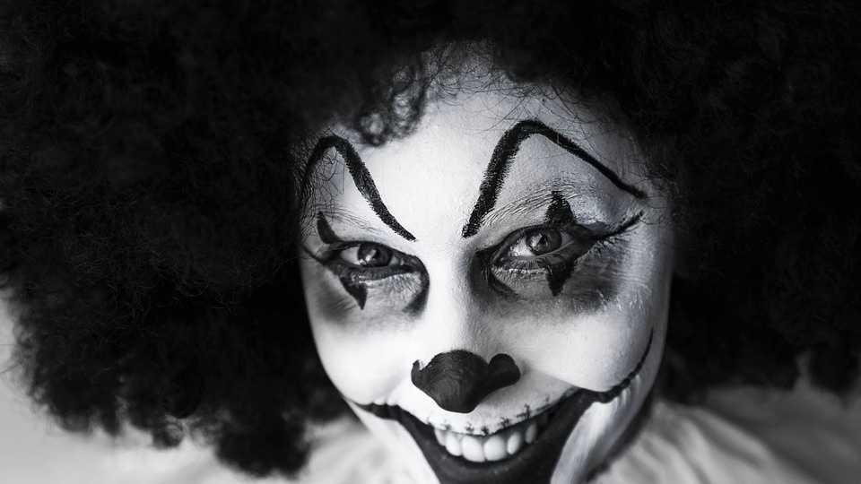 9.27.16 pixabay clown.jpg