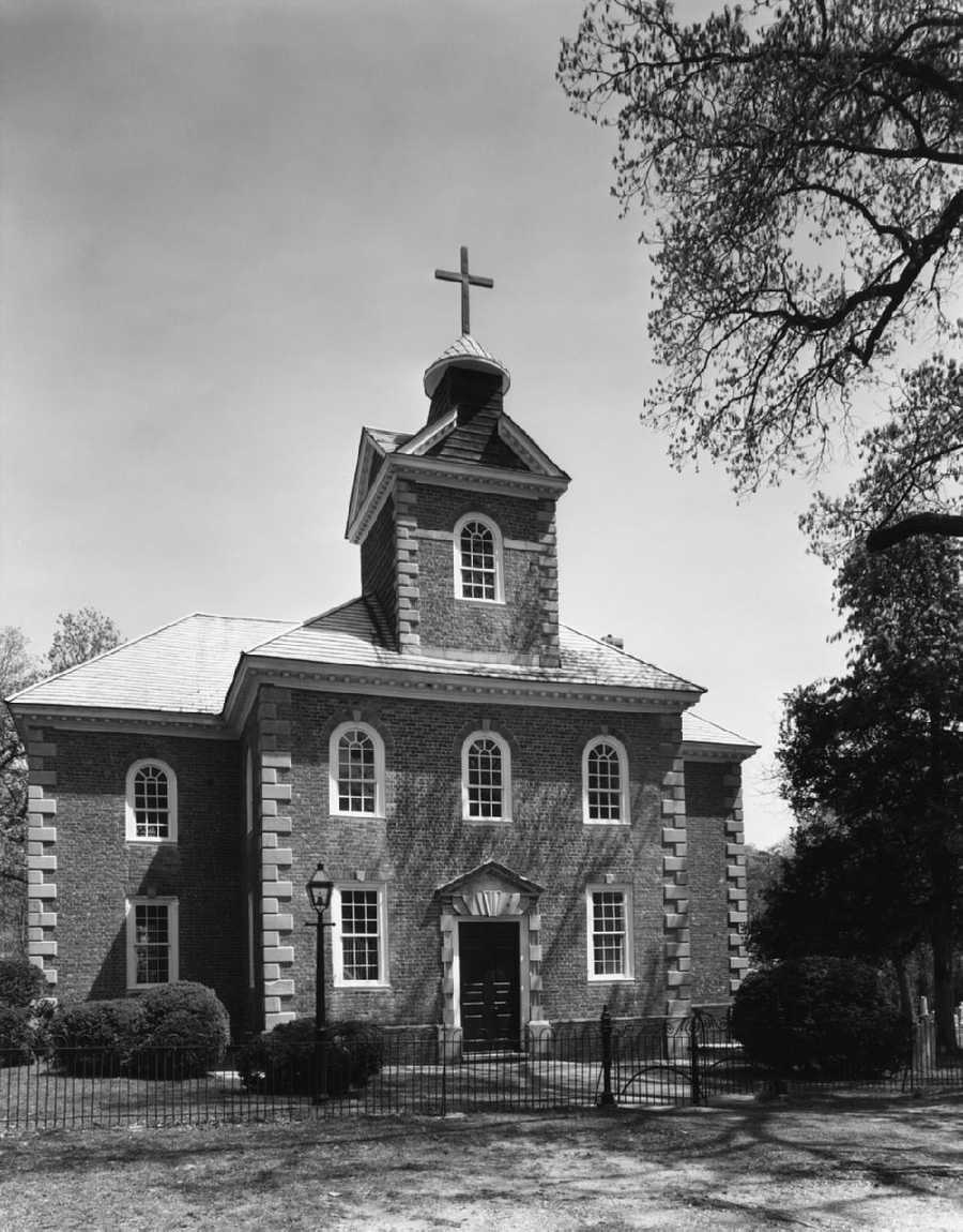 Legends say the church and the graveyard at Aquia Church in Stafford, Va., are both home to paranormal activity, which have been reported for over 200 years.