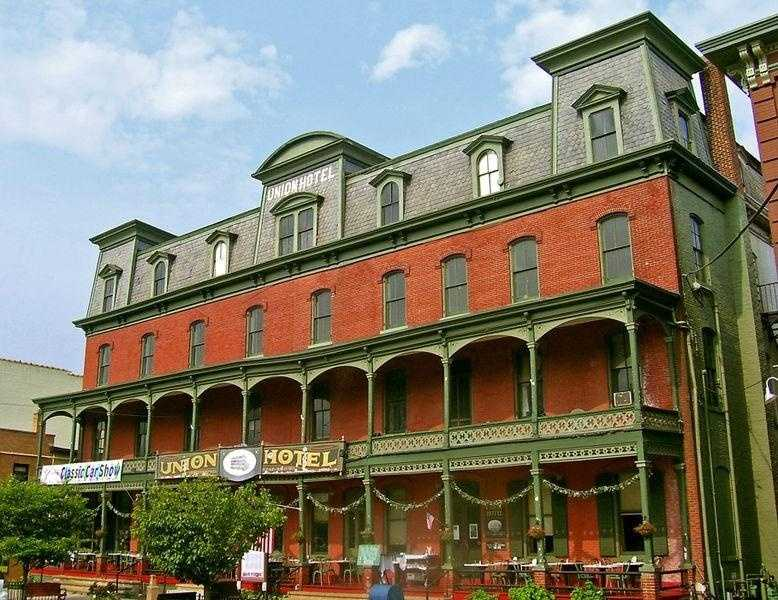 Since its top floors were closed, ghost sightings and poltergeist incidents have been reported at the Union Hotel in Flemington, N.J.