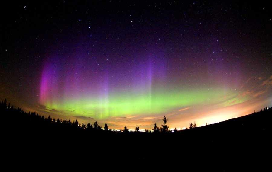 Auroraphobia: Those who are afraid of the Northern Aurora lights have auroraphobia.