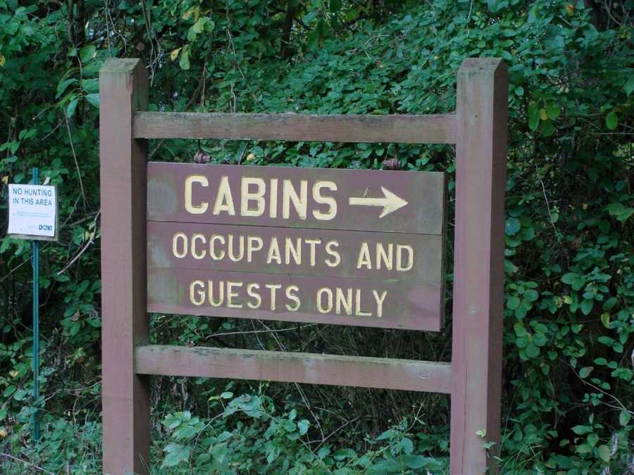 Ten modern cabins, which are located near the Quaker Race Day Use Area, can be rented year-round.