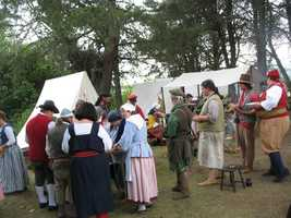 Texas Scottish Highland Festival: One of the largest Scottish gatherings in the U.S. is staged in Texas, where you can enjoy the world's largest pub tent, Scottish athletics, and Falconry Demonstrations.