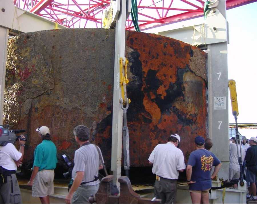The USS Monitor turret after it was brought onboard the Derrick Barge Wotan.