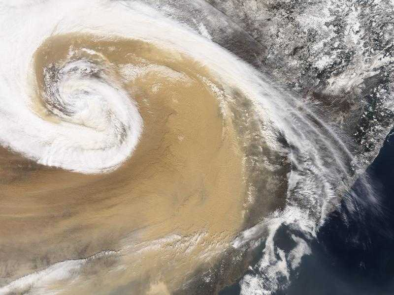 Scientists who study dust storms have long known that Saharan dust can travel across the Atlantic to the Americas. Asian dust, however, must travel much farther to reach the same destination. In April 2001, researchers watched with surprise as dust from an Asian storm crossed the Pacific reaching as far east as the Great Lakes and even Maryland.