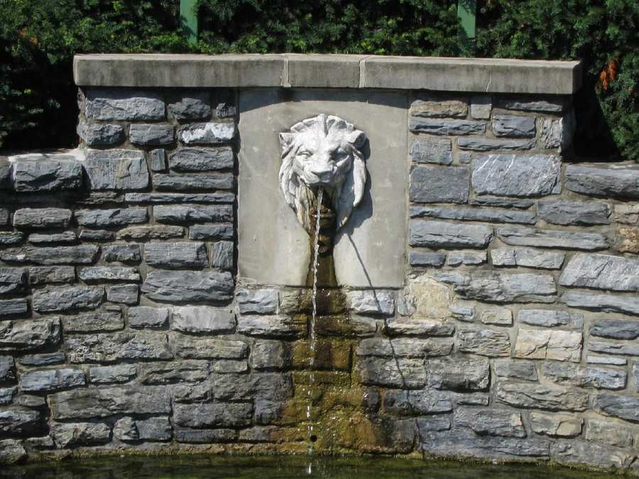 A fountain at Lititz Springs Park.