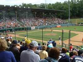 The LLWS is contested by 16 teams: the eight winners of the regional tournaments and eight international champions.