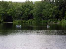 Non-powered boats must display one of the following: boat registration from any state&#x3B; launching permit or mooring permit from Pennsylvania State Parks&#x3B; or a launch use permit from the Pennsylvania Fish and Boat Commission.