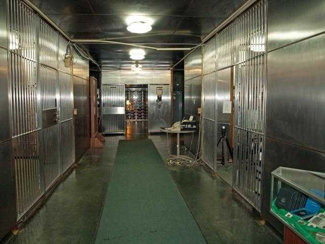 Hallway in the vault.