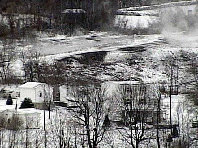 Centralia sits on top of one of the largest veins of anthracite coal in America, the Mammoth Vein. Experts say there is enough coal for the fire to burn for 500 years or longer.