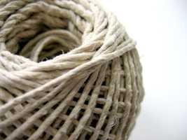 Linonophobia: Though it's useful, string is the cause of anxiety for people with linonophobia.