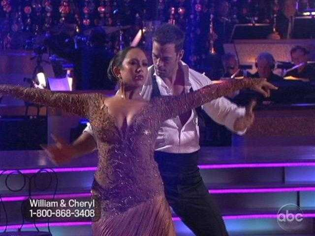 William Levy injured his ankle during rehearsals, but an MRI showed he was ok. They danced the Argentine Tango.
