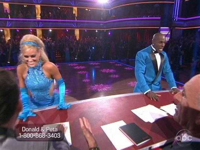 He wants a 10 badly... and they danced to the judges just to try and get one out of them.