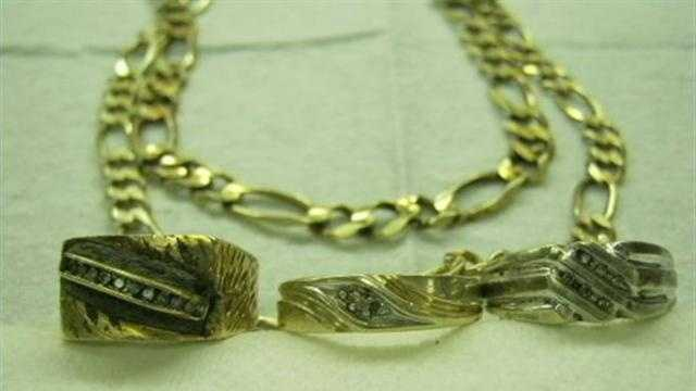 Milwaukee police are hoping that the jewelry and other items will help them identify a body found in a park lagoon.