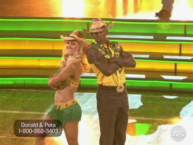 Donald and Peta represented Packer Nation with green and gold outfits and a country-style freestyle.