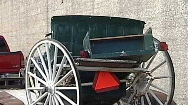 Milwaukee police need help to find a hit-and-run driver who smashed into a horse and carriage.