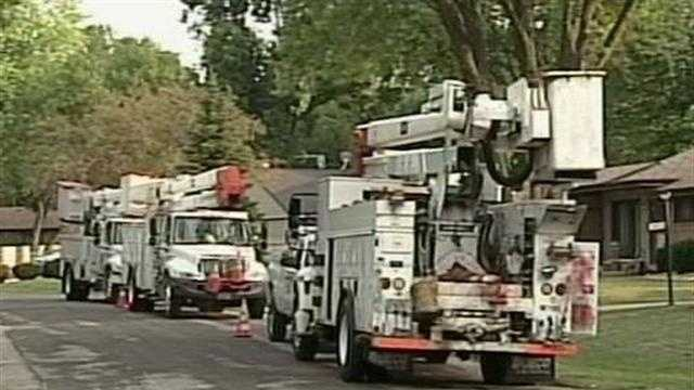 Winds knocked out power to 30 thousand customers Monday.