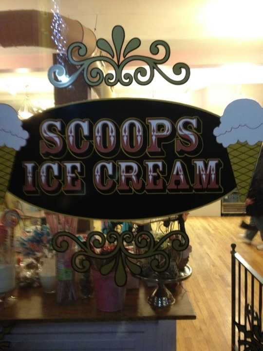 Scoops Ice Cream - Kenosha