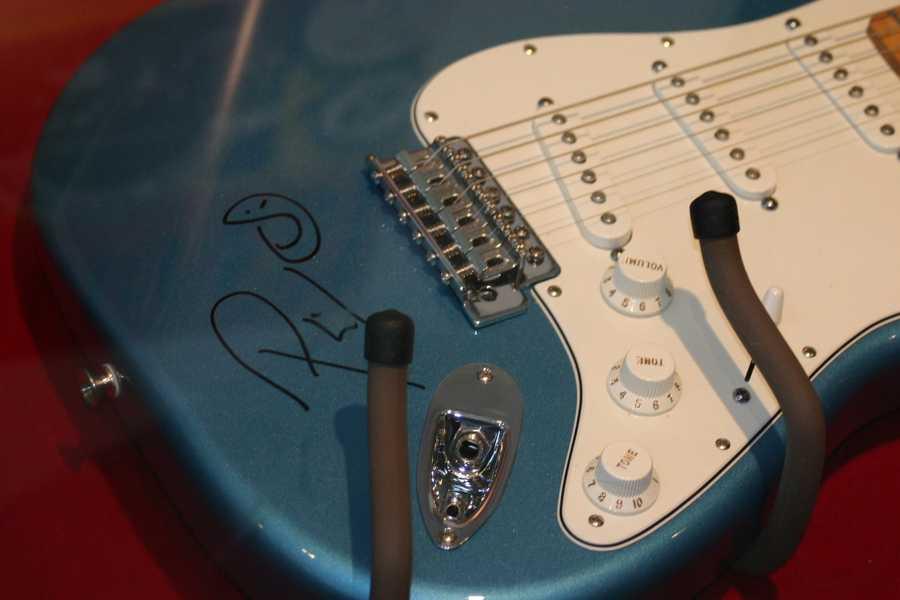 Phil Vassar signed guitar