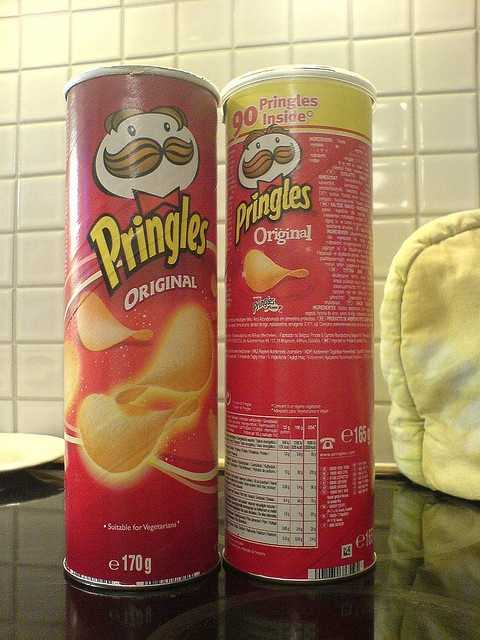 Fredric Baur invented the Pringles can. When he died in 2008, his ashes were buried in one.