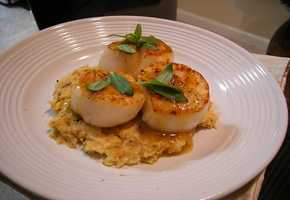 Scallops (hand battered) at Joey's Seafood