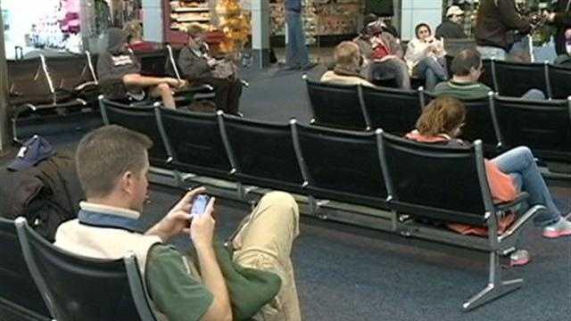 Hurricane Sandy strands travelers
