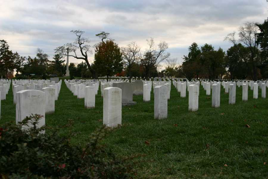 400,000+ graves at Arlington National Cemetery honoring those service personnel from the Civil War through current conflicts.