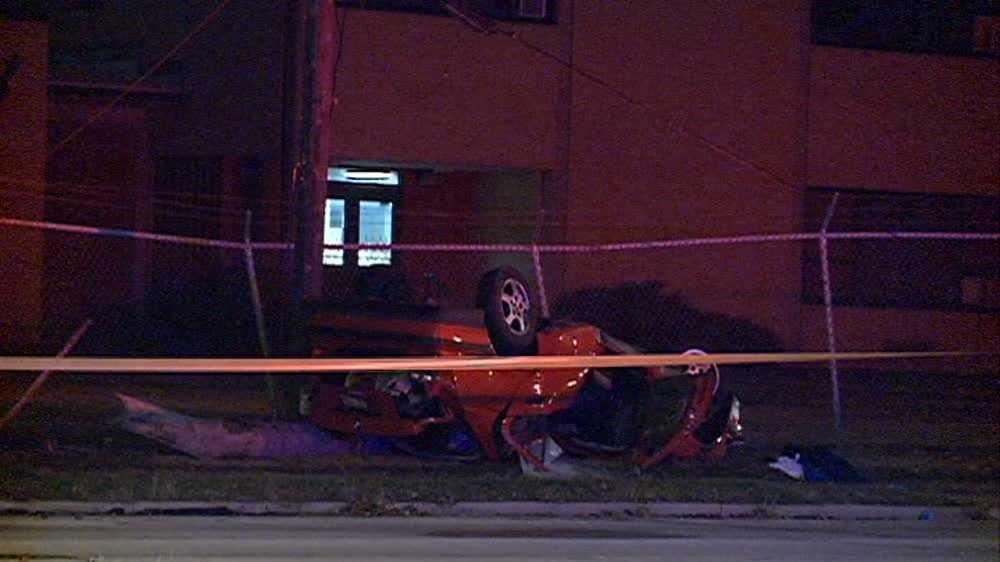 Fatal rollover crash in Milwaukee