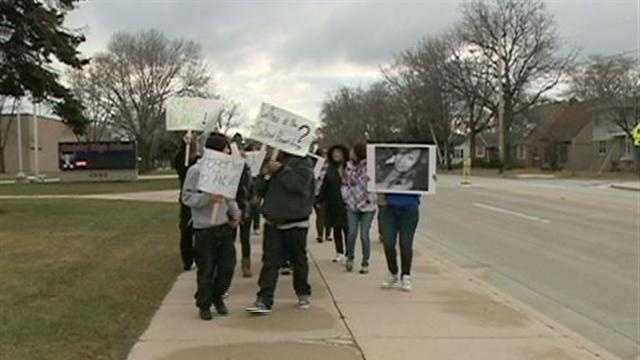 Cudahy High school demonstration