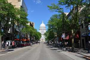 MadisonPopulation: 233,000 -- 60.6 percent single