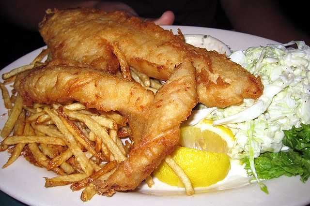 Facebook fans 39 favorite fish frys for Fish fry racine wi
