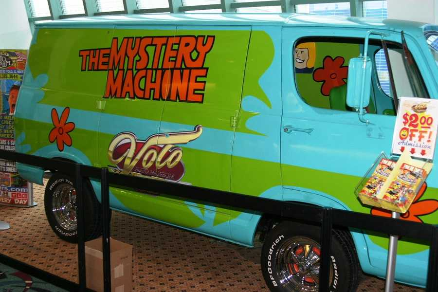 Can you solve the mystery?  Maybe you can with the help of Scooby Doo's Mystery Machine.