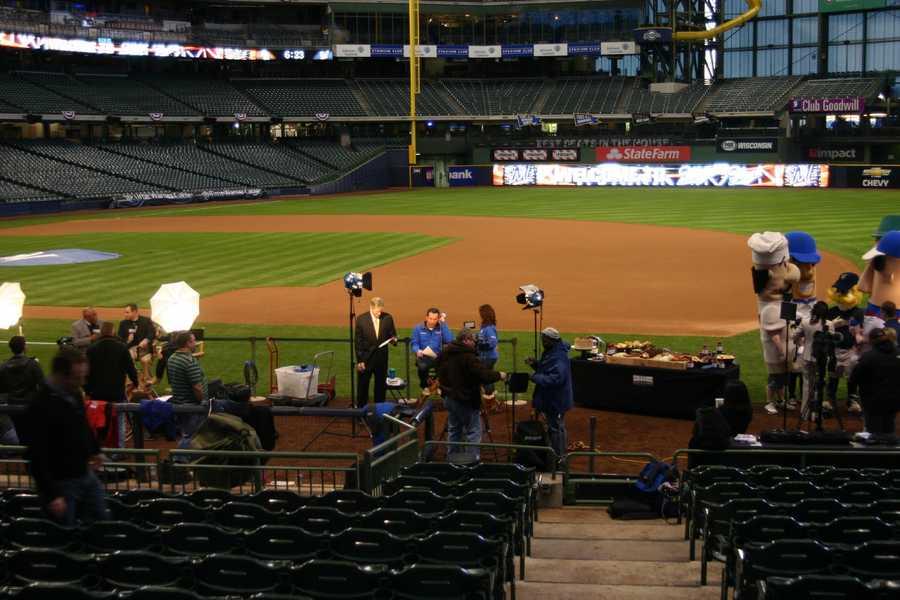 Pretty quiet (other than local media) in the ballpark at 6:00AM.