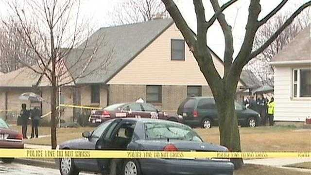 Milwaukee police investigating a murder-suicide on the city's south side.