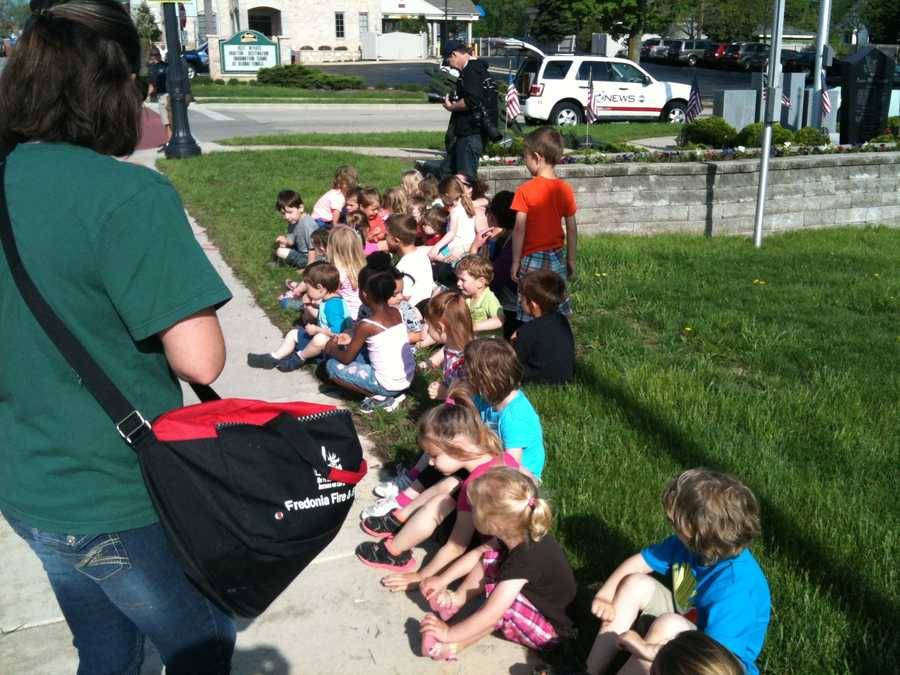 Unfortunately these pre-schoolers along Highway 60 were expecting someone different.