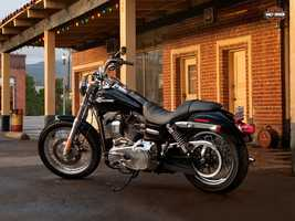The new 2014 Harleys are here! Take a look at the new models:2014 Dyna series Super Glide Custom