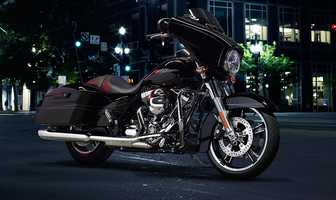 The new 2014 Harleys are here! Take a look at the new models:2014 Touring series Street Glide Special