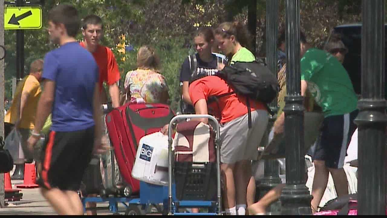 Beware of extra cars parked around Milwaukee area colleges Wednesday... it's move-in day for Marquette and Cardinal Stritch students.