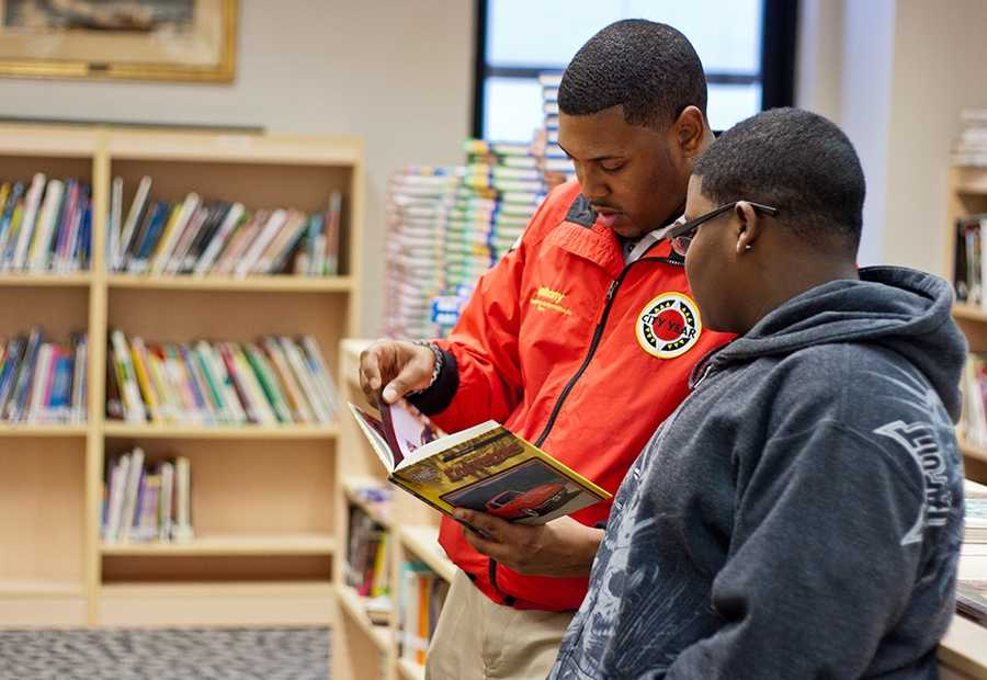 City Year's In School & On Track initiative is designed to bring City Year corps members to 50% of all of the students falling off track in City Year's 24 U.S. locations, which will require expanding the number of corps members to 6,000 and engaging school districts, the private sector and the federal government through AmeriCorps as partners.