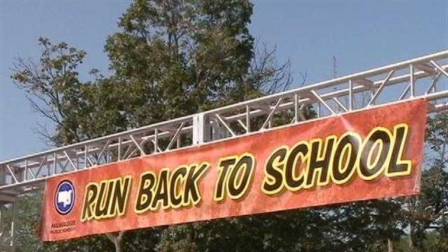 Hundreds participate in Milwaukee's Run Back to School