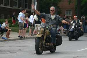 Many older Harleys were in the parade.