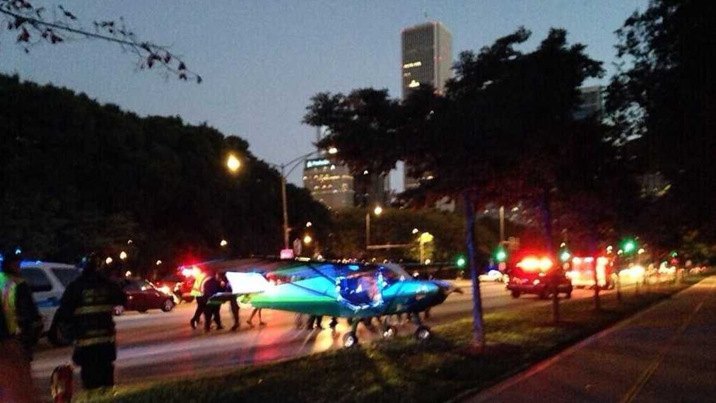 Small plane lands in downtown Chicago