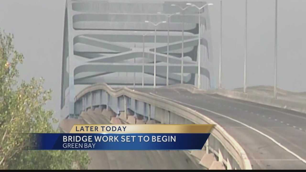 Crews will begin constructing two support towers designed to prevent further damage to Green Bay's Leo Frigo bridge.