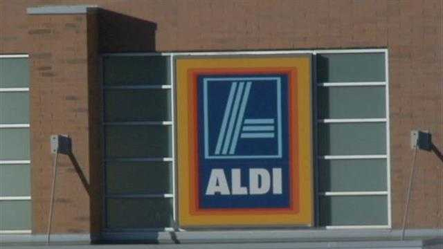 Aldi pulled all their grapes from their Milwaukee area stores after a shopper found what appeared to be a black widow spider in a fruit container.