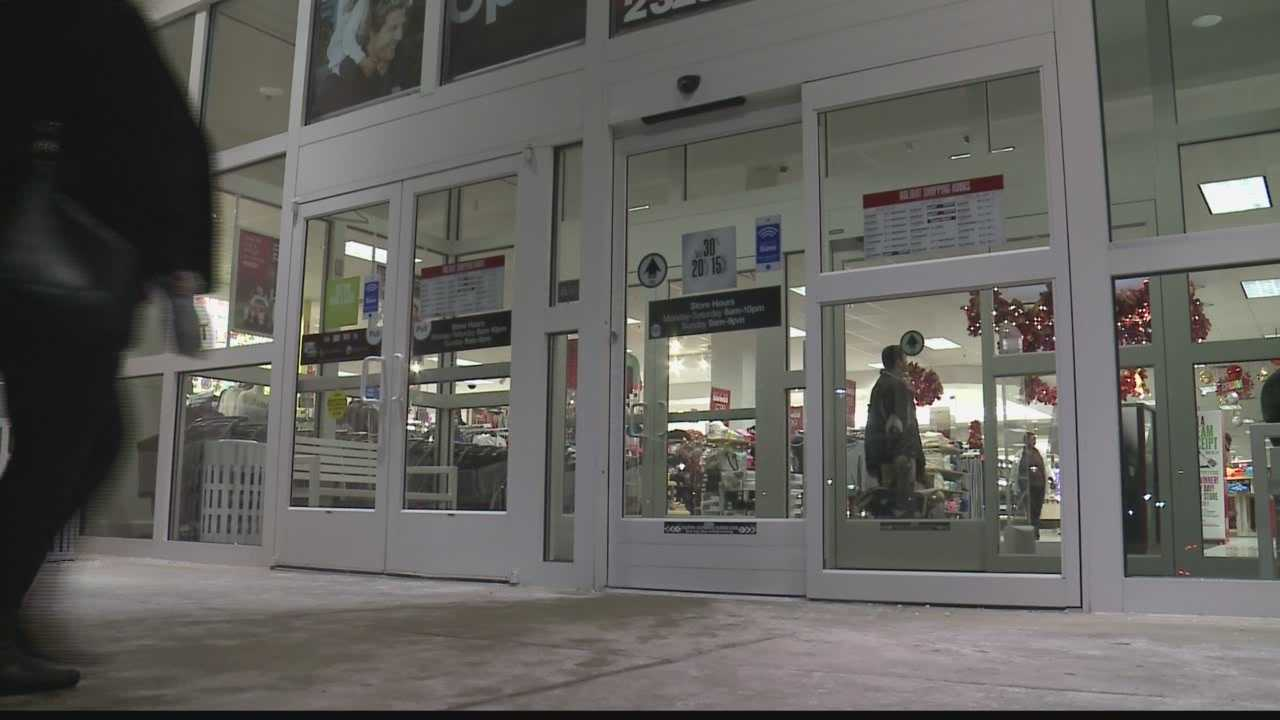 Last minute shoppers took advantage of some stores extended hours.