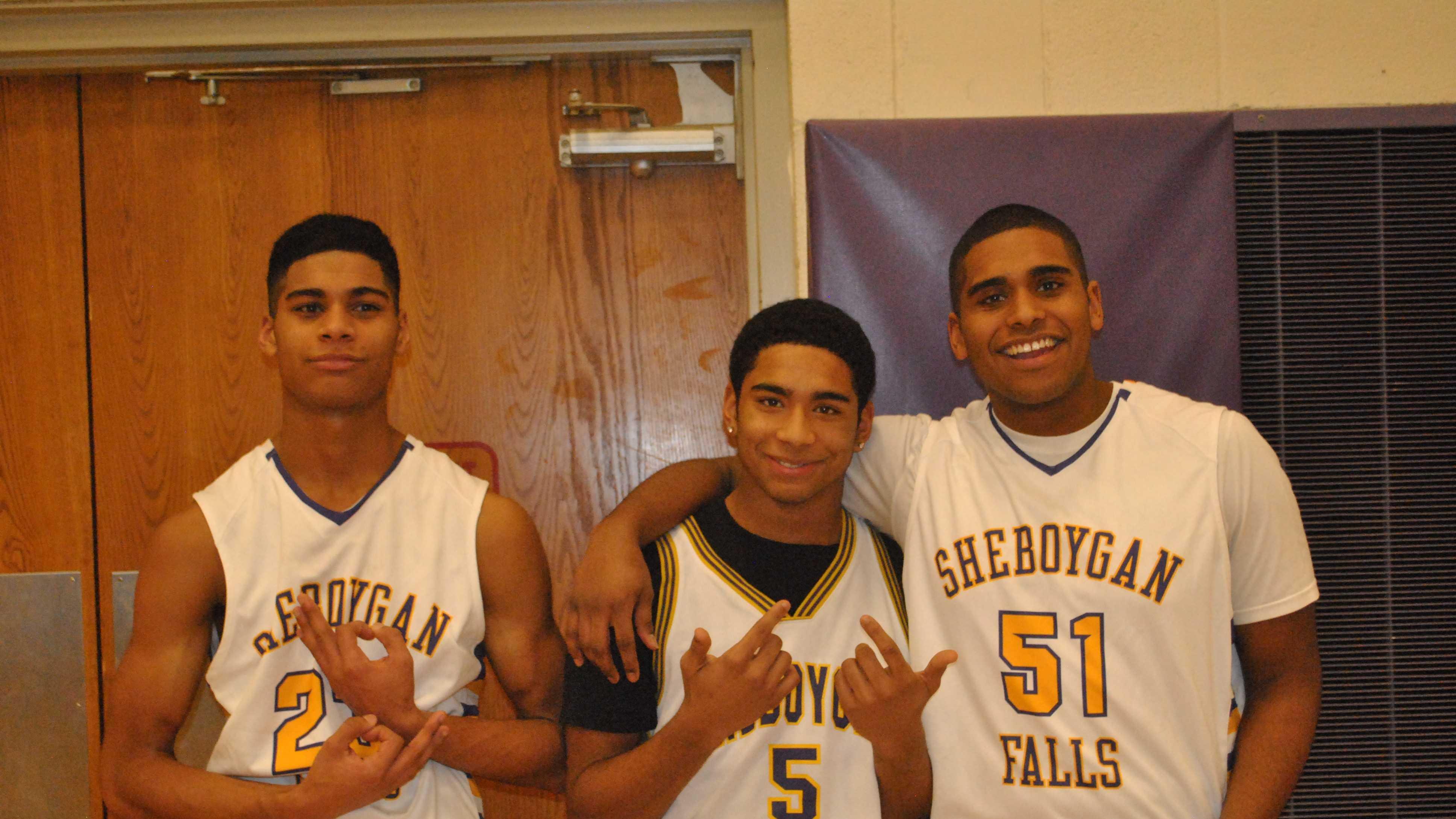 bball photo with three boys